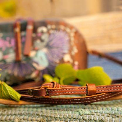 Женская яркая кожаная  Сумка Летай-Мечтай вышивка  купить