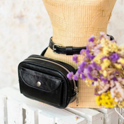 Черная женская кожаная маленькая поясная сумка на молнии ремень купить