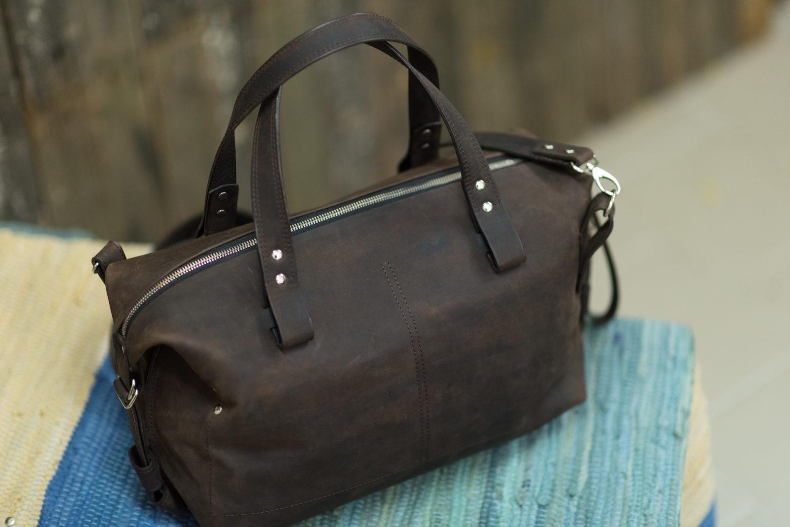 8d3168212b7d 20.45 с карманами. BYN 420. Вместительная повседневная кожаная сумка из  коричневой ...